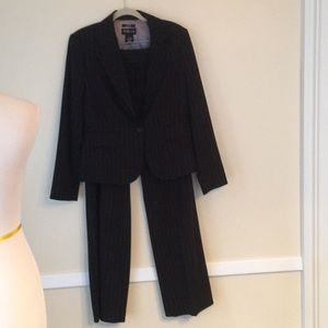 Style & Co Career Pantsuit in Size 10